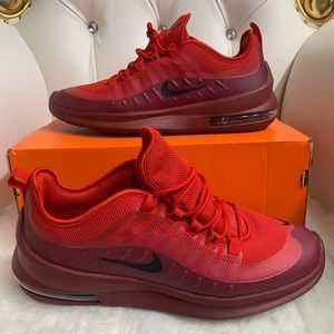 """Air max Axis """"Red/Burg size 10.5"""